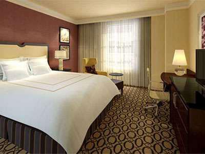 Peoria Marriott Pere Marquette guestroom