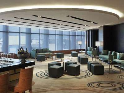 The lobby of the Fairfield Bengaluru Rajajinager offers contemporary design.