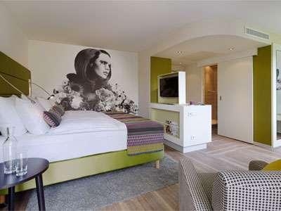 Hotel Indigo Düsseldorf's executive king room