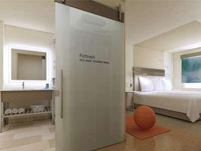 EVEN Hotels guestroom