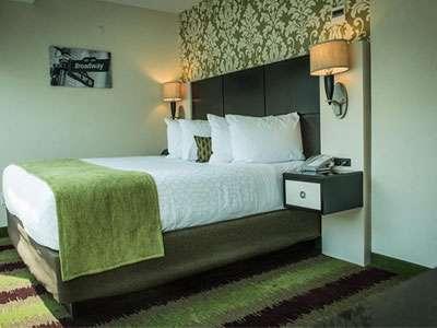 Best Western Premier Herald Square's guest suite