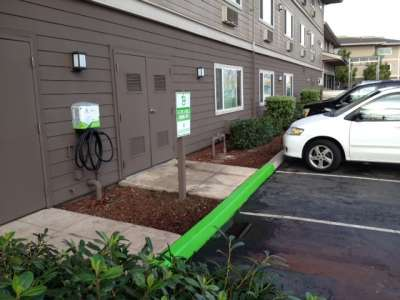 Best Western Plus Bayside Hotel's Electric Vehicle Charging Station