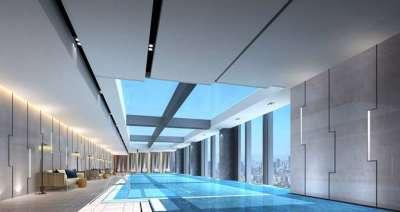 Hilton Zhengzhou's swimming pool