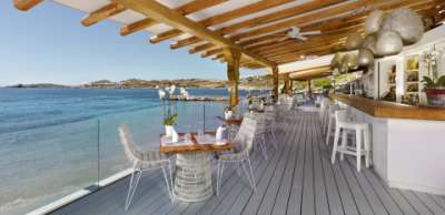 The BAYVIEW Beach Restaurant & Bar