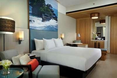 Courtyard by Marriott Bali Seminyak opens.