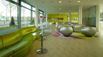 Prizeotel lobby in Bremen