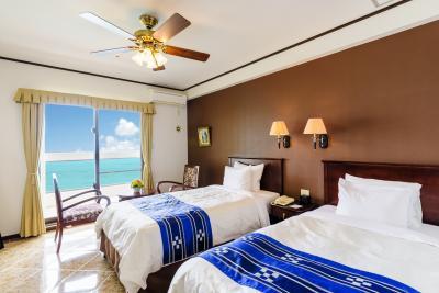 Best western unveils beachfront hotel in japan hotel for Design hotel okinawa