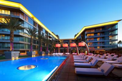 The Wet Deck at W Scottsdale