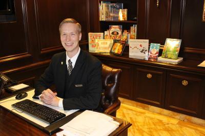 Brian Thomasson is the new Kids Concierge at The Willard InterContinental Washington.