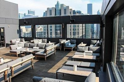 Rooftop at Cambria Chicago Magnificent Mile