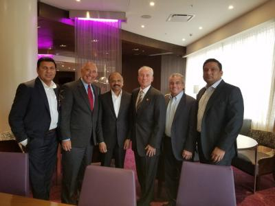 G6 Hospitality and Auromatrix Holdings at the signing of the area development agreement in India