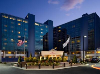 Crowne Plaza JFK Airport Hotel