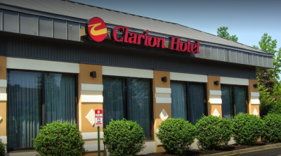 Clarion Hotel & Conference Center in Toms River