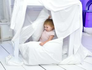 Kids can choose from three different fort types.